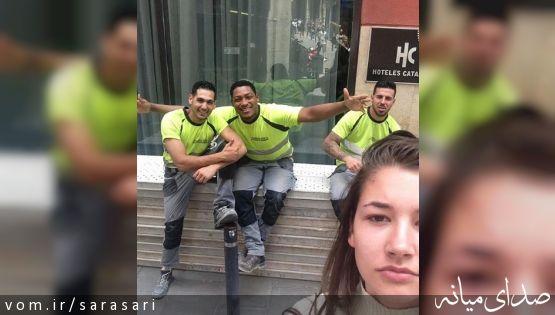 زنی که با مزاحمان خیابانیاش سلفی گرفت +تصویر