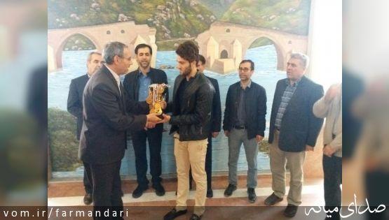 تیم شنای فولاد آذربایجان میانه با حمایت این شرکت مقام دوم کشوری را کسب نمود