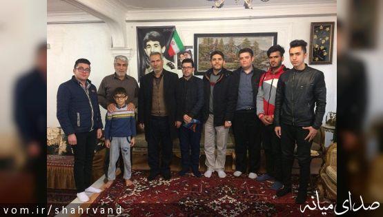 دیدار رئیس آموزشکده فنی و حرفه ای میانه با خانواده شهید محمد صفی خانی