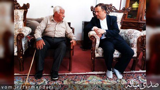 سرپرست فرمانداری ویژه میانه از خیر اهل شهر آچاچی با حضور در منزل وی تجلیل کرد