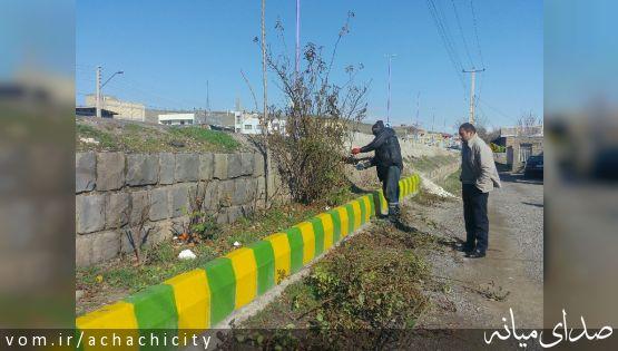 سلسله اقدامات استقبال از نوروز 98 شهرداری آچاچی: هرس, توسعه و کاشت فضای شهر