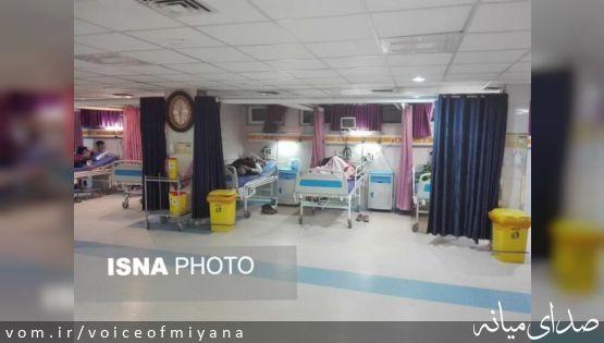 گازگرفتگی ۱۵ نفر از کارشناسان بنیاد مسکن در مناطق زلزله زده