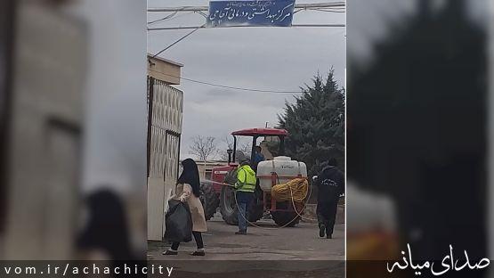 استمرار ضدعفونی معابر و مراکز مهم شهر آچاچی در روز چهارم از سال جدید